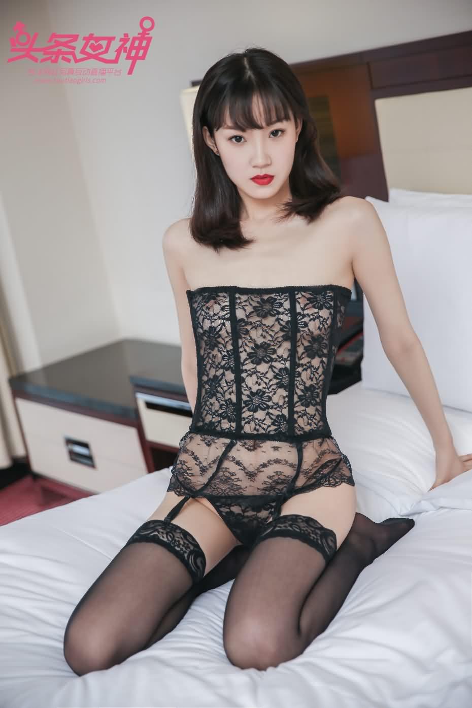 [头条女神] 丝足之乐 璐璐 2017-09-27 [25+1P-221M]