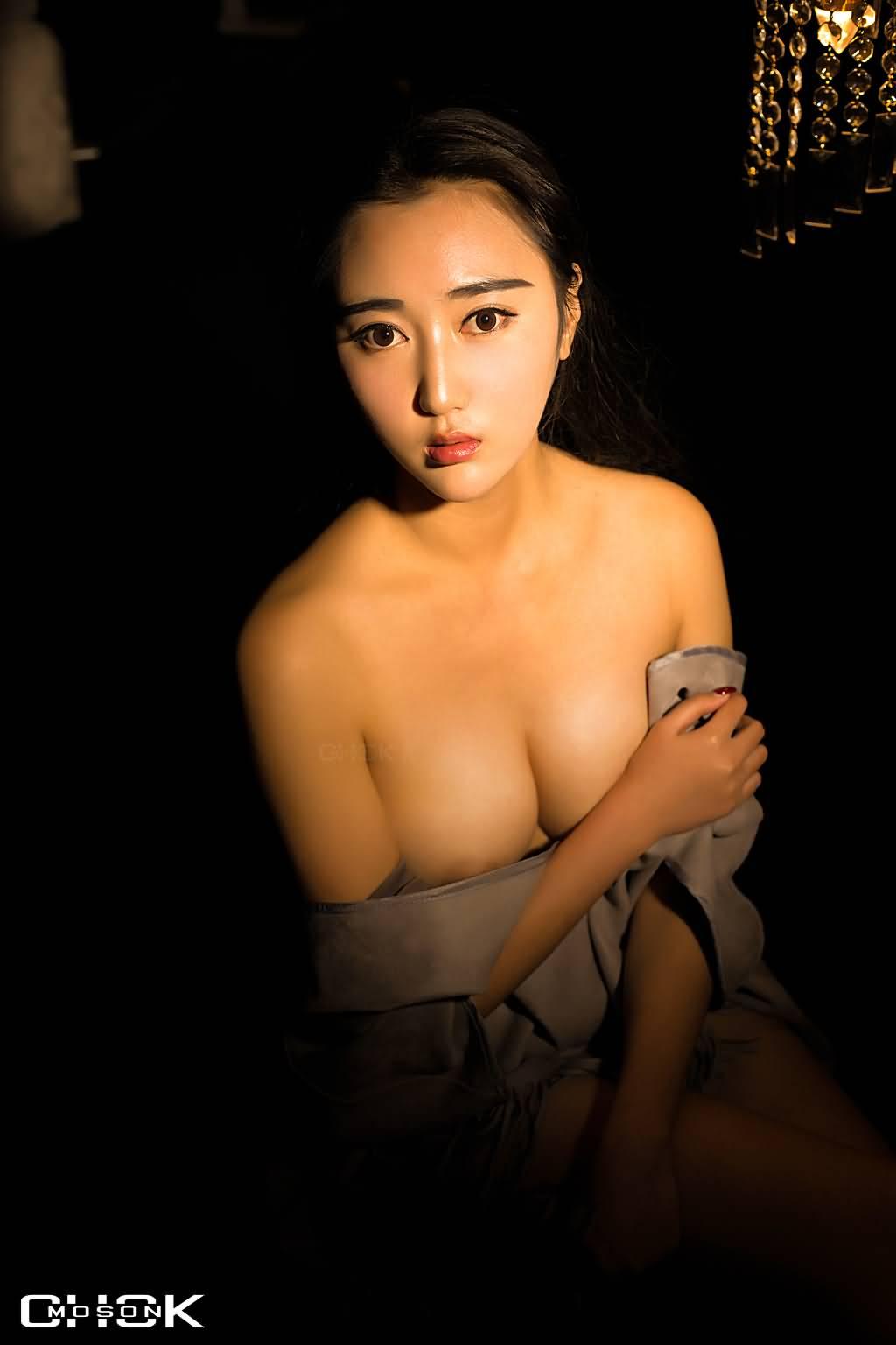 CHOKmoson脱神作品《米娜黑 梦幻脱》[30P/285M]