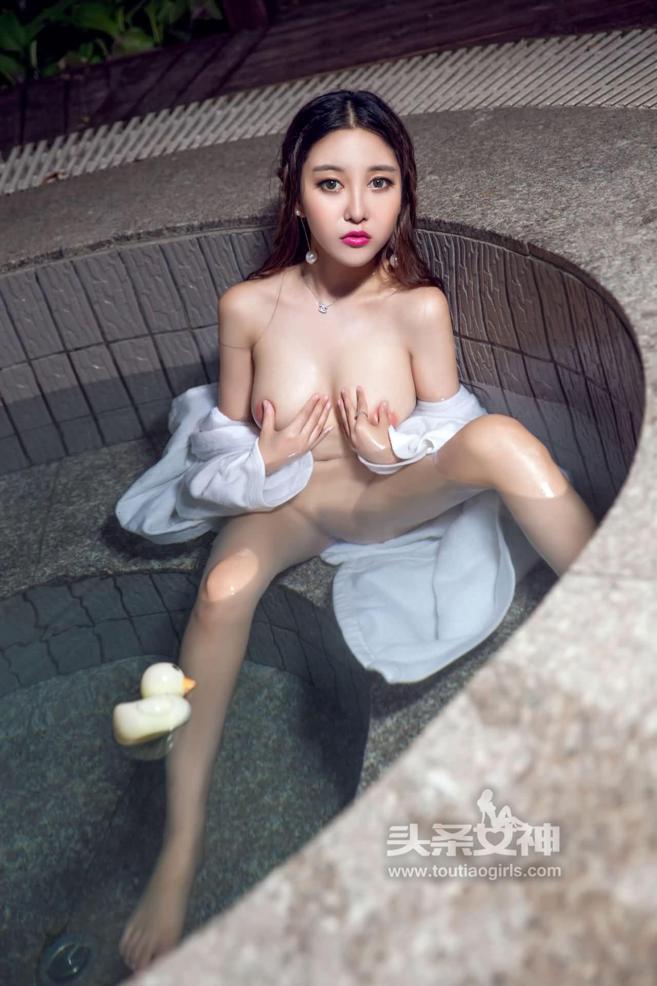 李梓熙 狗年SM捆绑极品作品 1V