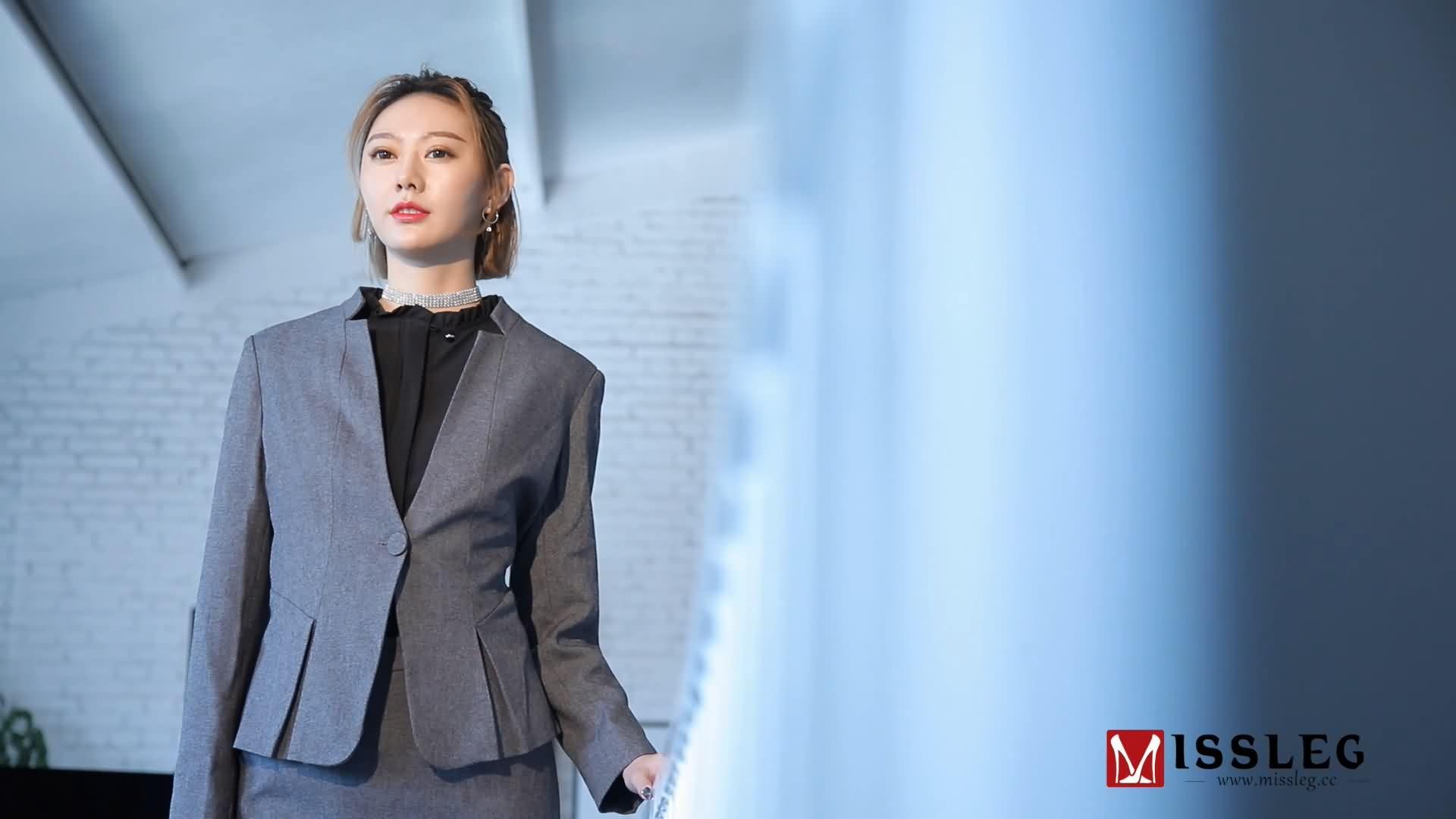 MISSLEG蜜丝钻石 2018.04.20 VF001 OL腿腿腿 付艺轩 [时长06:21分]