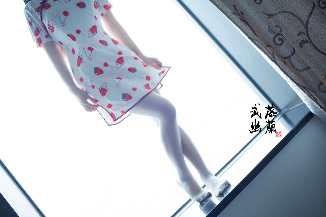 278884929a20180727012070 - 武藤幽兰-草莓旗袍 36P